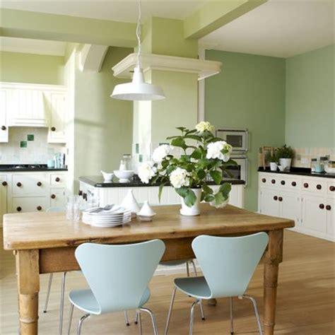 cuisine vert d eau une cuisine ouverte entre modernité et tradition