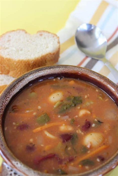 olive garden minestrone soup copycat olive garden minestrone soup recipe