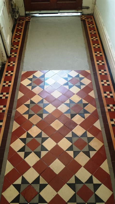 floor ls victorian style 1920 s tiled hallway floor restored in pontcana south east wales tile doctor