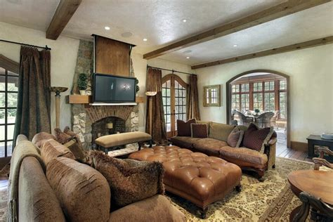 throw rug 25 gorgeous living rooms featuring comforting earth tones