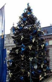 Weihnachtsbaum Pink Geschmückt : wiesbadener sternschnuppenmarkt wikipedia ~ Orissabook.com Haus und Dekorationen