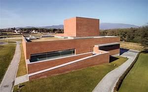 Auditorium Theatre of Llinars del Valles / Álvaro Siza