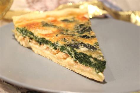 cuisiner le saumon frais tarte au saumon fumé et épinards frais pour ceux qui