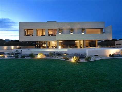 cristiano ronaldo house  plan modern house