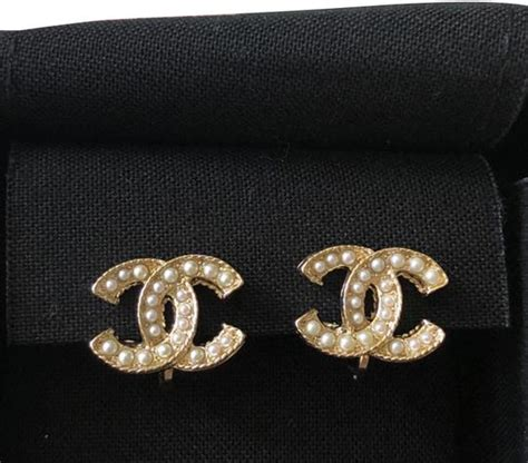 chanel gold cc logo pearl clip earrings tradesy