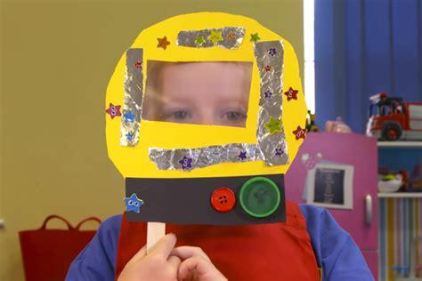 astronaut helmet learnenglish kids british council