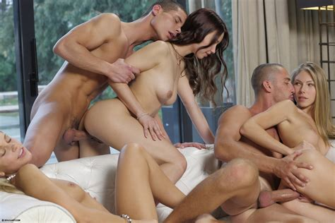 Fucking Group Sex Pics 3 Pic Of 44