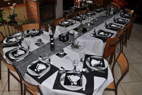 table quot en noir et blanc tout argent 233 quot chemin de