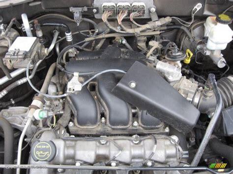 ford escape limited  liter dohc  valve duratec  engine photo  gtcarlotcom