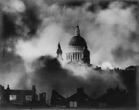 herbert st paul 39 s cathedral during the blitz december 1940