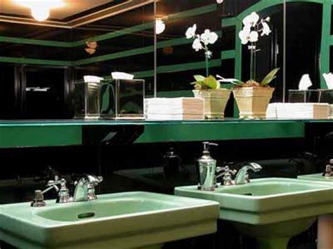 retro bathroom decorating    style modern bathrooms