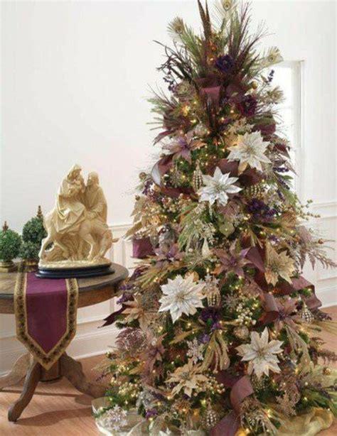 Weihnachtsbaum Lila Geschmückt by Lila Weihnachtsbaum Blumen Weihnachtsdeko