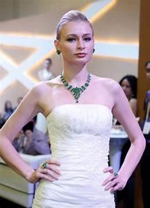 Asia Young Designer Award 2017 Singapore Jewellery Gem Fair 2013 Marina Bay Sands