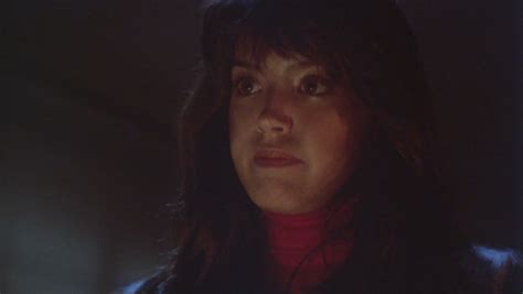 kate gremlins actress phoebe cates immagini phoebe cates as kate beringer in