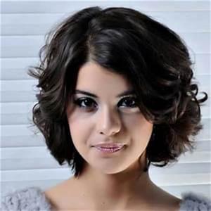 Coupe De Cheveux Femme Visage Rond Cheveux Epais : quelle coupe courte adopter suivez le guide avec les stars ~ Nature-et-papiers.com Idées de Décoration