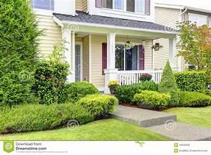 Porche Entrée Maison : ext rieur am ricain classique de maison porche d 39 entr e ~ Premium-room.com Idées de Décoration