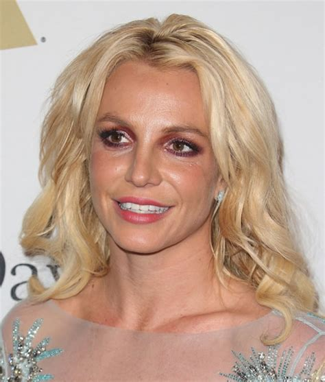 Did Britney Spears Have Cosmetic Surgery? (Before & After ...