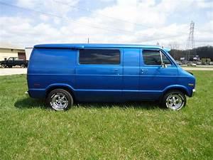 1977 Dodge Van  Vk