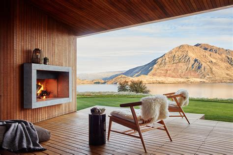 airbnb luxe company launches  luxury stays