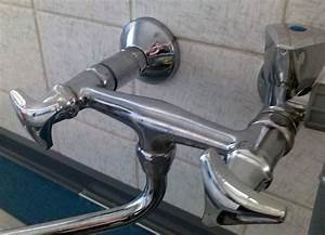 Wasserhahn Austauschen Bad : drehgriff beim wasserhahn abziehen wer weiss ~ Lizthompson.info Haus und Dekorationen