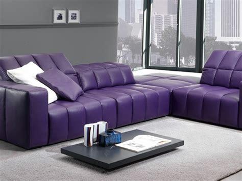 canapé cuir violet 20 idées d 39 ameublement salon en violet élégant