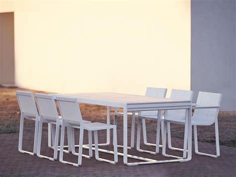 flat outdoor chair  arms gandiablasco