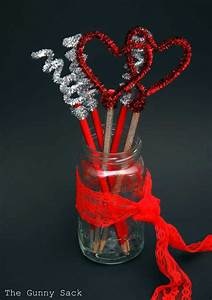 top 35 easy shaped diy crafts for valentines day