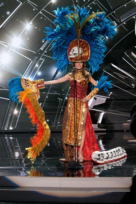 universe  national costume show