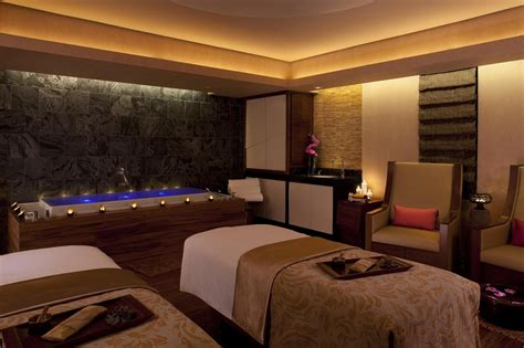 Spa Room : What Men Really Want.... For Valentine's Day