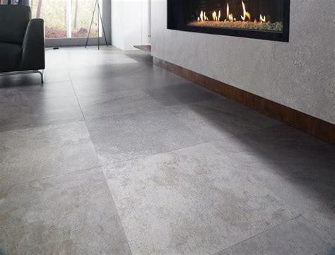 carrelage gris clair brillant awesome carrelage beige antigliss nuanc sol carrelage sol gris clair paillet nuanc cris btp with