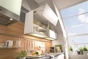Placard Cuisine Haut : meubles hauts de cuisine placard haut de cuisine avec amortisseur aviva ~ Teatrodelosmanantiales.com Idées de Décoration