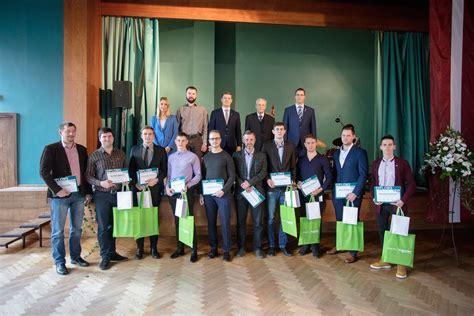Apbalvoti labākie enerģētikas un elektrotehnikas jomas absolventi   RTU Attīstības fonds