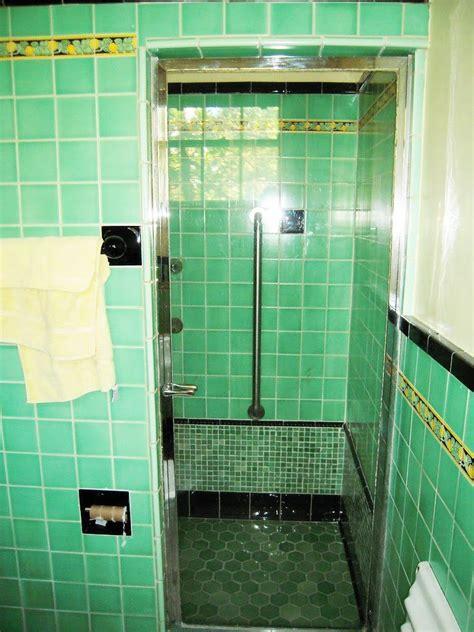 vintage tile bathroom     bathroom