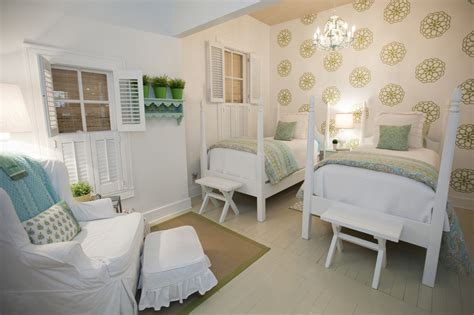 Austin Shabby Chic Wall Bedroom Farmhouse With Slipcovers Cotton Decorative Pillows Painted Wood