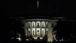 White House At Night Rack Focus In Washington DC 25p Stock ...