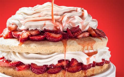 strawberry shortcake layer cake recipe chowhound