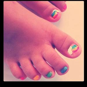 Little girl toenails. (As done by a friend.) | Cute ...