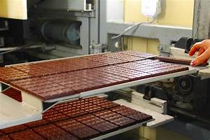 For the love of chocolate – inside a Swiss chocolate ...