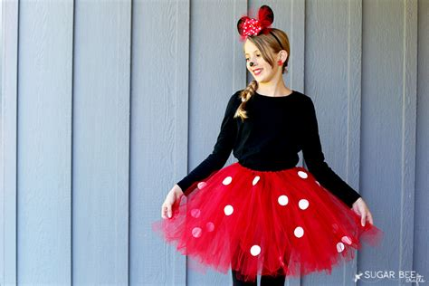 DIY Minnie Mouse Bow Costume - Sugar Bee Crafts