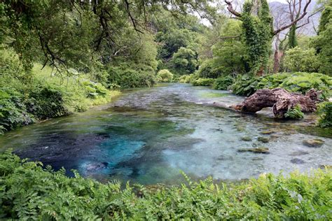Albaniens Blaues Auge Syri I Kalter   Urlaubsguru.at