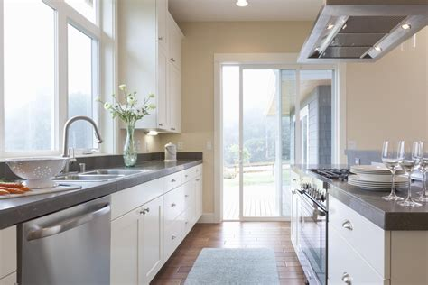 What Is The Optimal Kitchen Countertop Height?