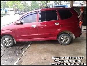 Iklan Bisnis Samarinda  Dijual Daihatsu Xenia Li Family