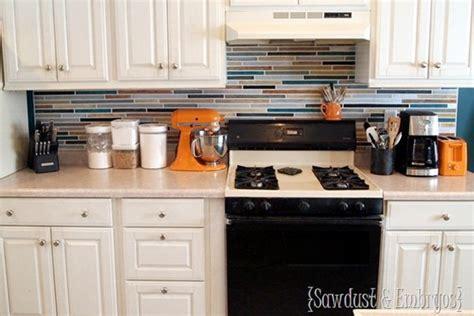 cheap diy kitchen backsplash 15 inexpensive diy kitchen backsplash ideas and tutorials 5250