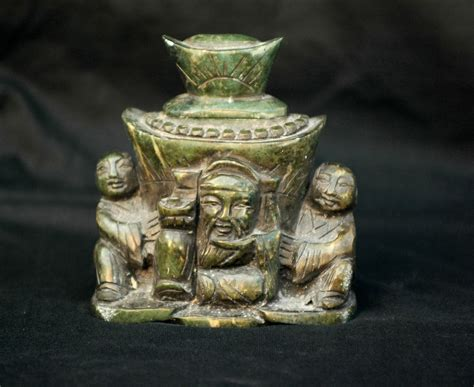 green cat ancient artifacts jade