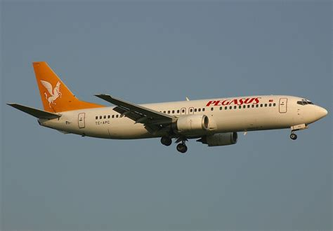 File:B734 Pegasus Airlines TC-APC BRU July 2002.jpg - Wikimedia Commons