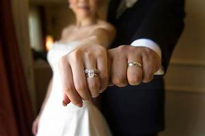 should i wear my engagement ring during the wedding With how to wear your wedding rings