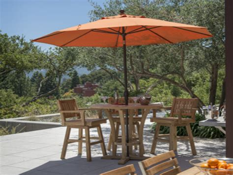 High Top Patio Table With Umbrella by Outdoor Patio Tables And Chairs High Bar Tables Outdoor