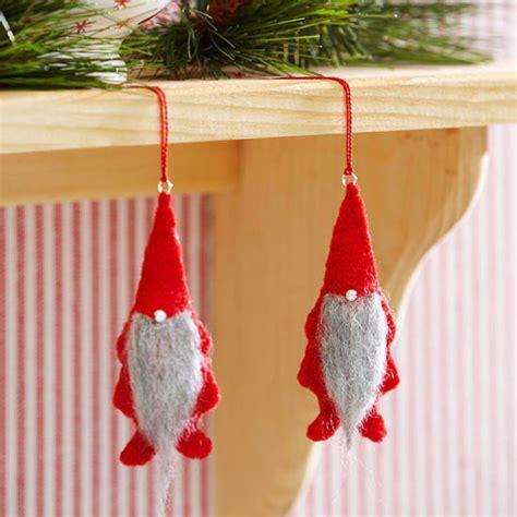 schlüsselanhänger basteln filz weihnachten filz basteln dansenfeesten