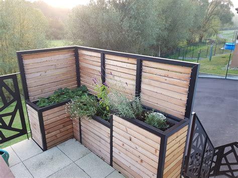 brise vue terrasse avec jardinieres integrees par