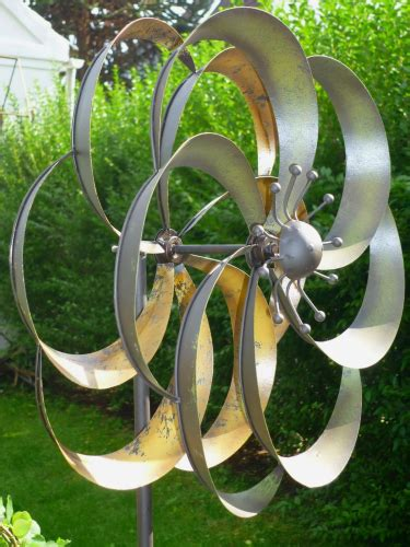 Windspiel Gartenstecker Windrad Garten Figur Metall Wind